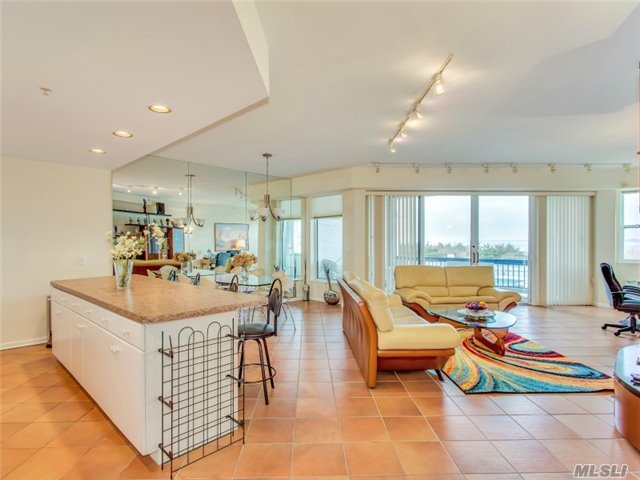 260 Dune Rd #85, Westhampton Bch, NY 11978