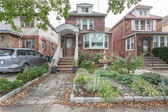 3 Bedroom House in Heart Of Forest Hills