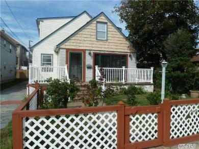 461 Monroe Blvd #Upper, Long Beach, NY 11561