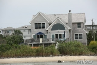 Photo of 402 Dune Rd, Westhampton Bch, NY 11978