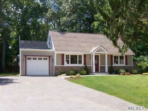 6 Pine Cone St, Middle Island, NY 11953