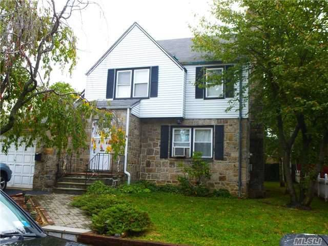 16 Raymond Pl, Out Of Area Town, NY 10704