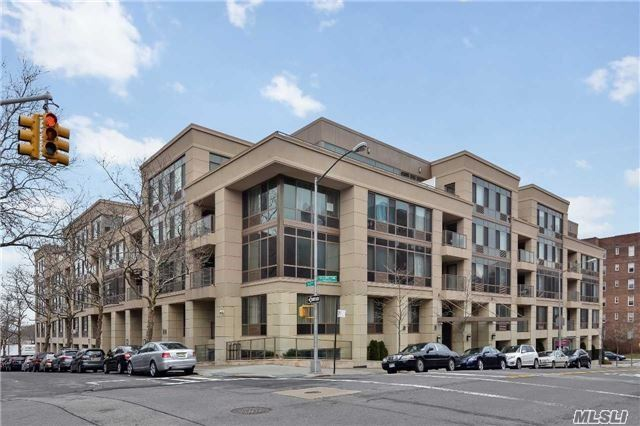 64-05 Yellowstone Blvd #117, Forest Hills, NY 11375