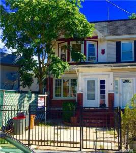 91-11 90th St, Woodhaven, NY 11421