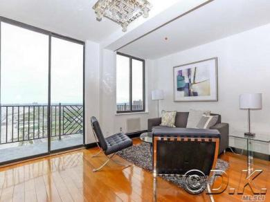 120 Beach 26th St #306, Far Rockaway, NY 11691