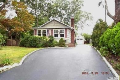 409 Ackerson Blvd, Brightwaters, NY 11718