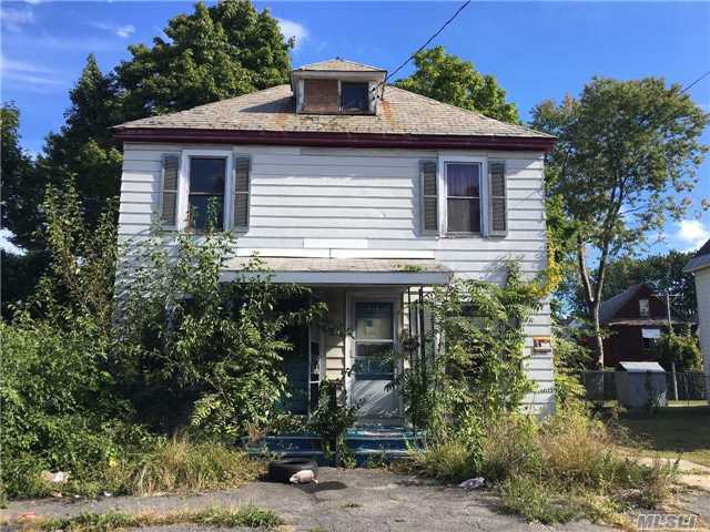 115 Duane Ave, Out Of Area Town, NY 12307