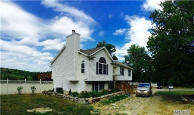 790 Kirbytown Rd, Out Of Area Town, NY 11953