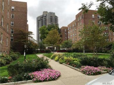 112-20 72 Dr #A31, Forest Hills, NY 11375