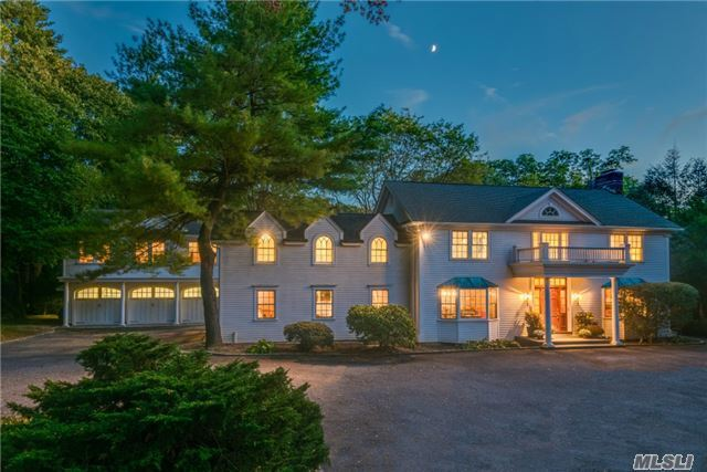 66 Private Rd, Matinecock, NY 11560