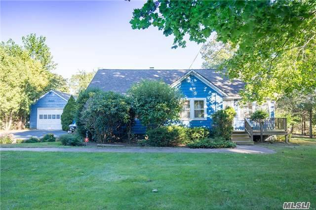 1825 Main Bayview Rd, Southold, NY 11971