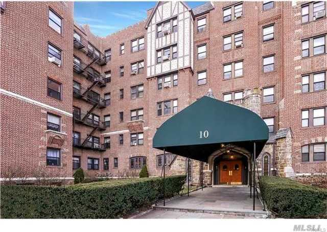 10 Nosband Ave #5j, Out Of Area Town, NY 10605