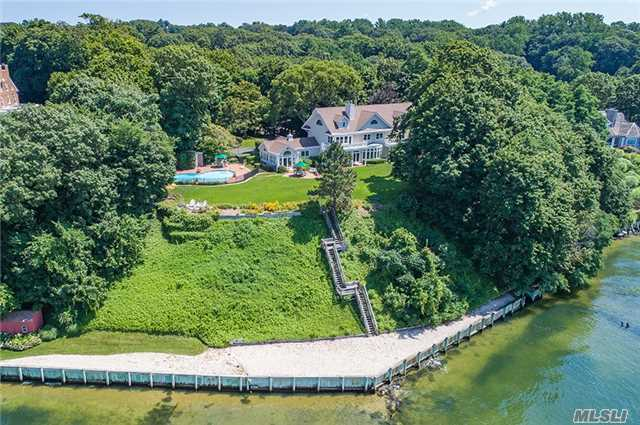 290 Prospect Ave, Sea Cliff, NY 11579
