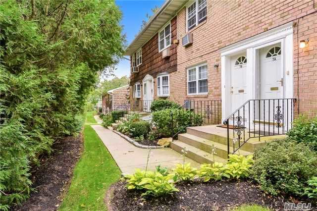 4 Anchorage Ln #7a, Oyster Bay, NY 11771