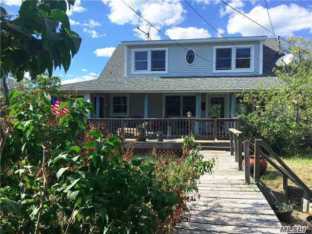 61 Savannah Walk, Oak Beach, NY 11702