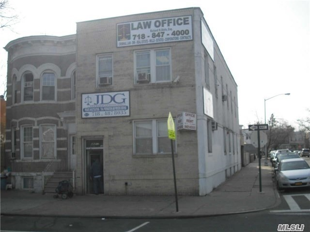 86-52 Woodhaven Blvd, Woodhaven, NY 11421