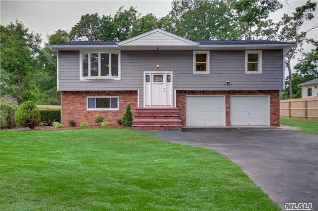 26 Stacey Ln, Smithtown, NY 11787