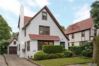 71-51 Harrow St, Forest Hills, NY 11375