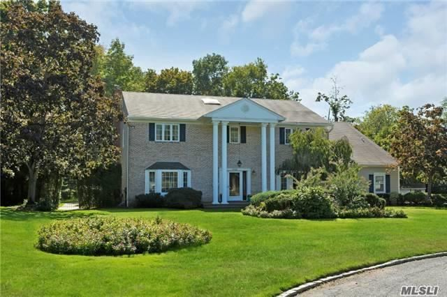1 Harbor Ct West, Roslyn Harbor, NY 11576