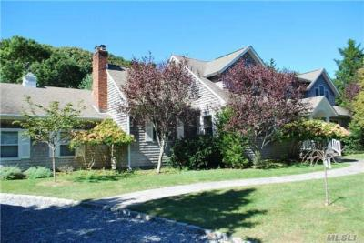 Photo of 27 Old Orchard Rd, Southampton, NY 11968