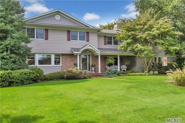315 Woodland Dr, Brightwaters, NY 11718