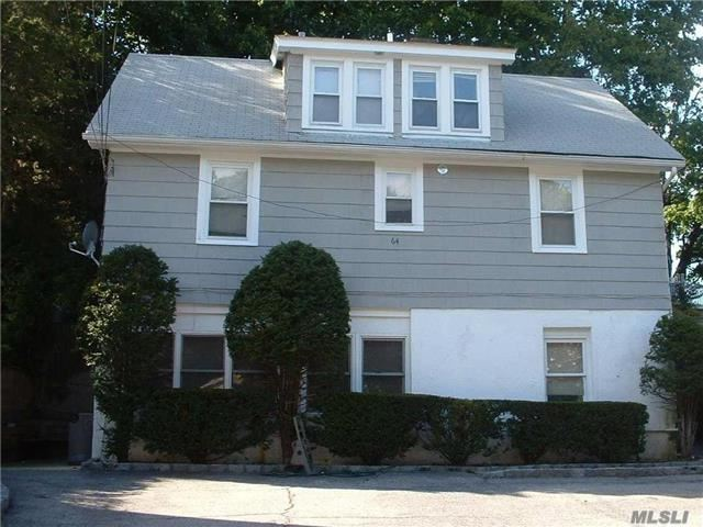 64 Summers St, Oyster Bay, NY 11771