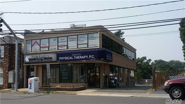 2014 Grand Ave, Baldwin, NY 11510