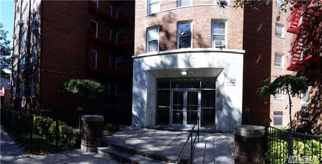 99-15 66th Ave #3j, Rego Park, NY 11374