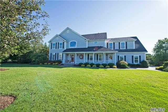 1 Redbud Ct, Miller Place, NY 11764