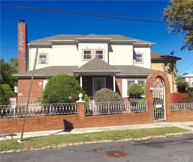 187-07 50th Ave, Fresh Meadows, NY 11365