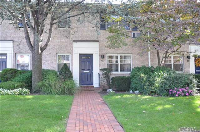 5 N. Lewis Ave #A, Rockville Centre, NY 11570