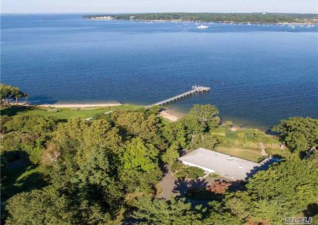 7 Todd Dr, Sands Point, NY 11050