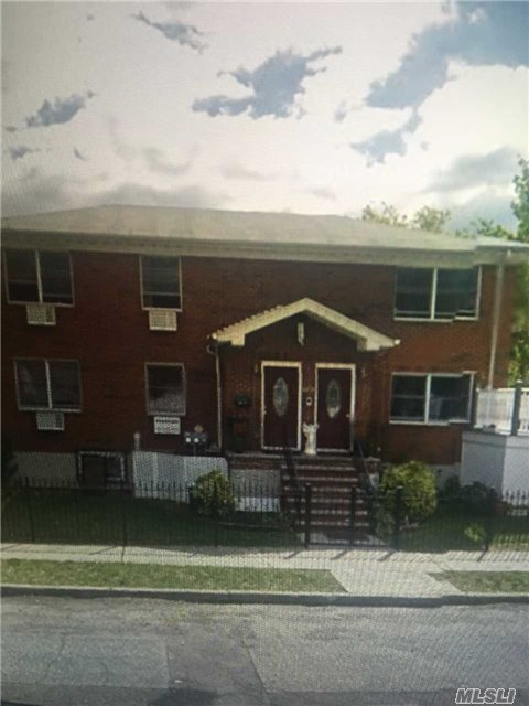 188-10 53rd Ave #2nd Fl, Fresh Meadows, NY 11365