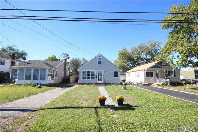 49 Western Concours, Amityville, NY 11701