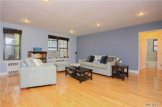 105-07 66th Rd #2g, Forest Hills, NY 11375