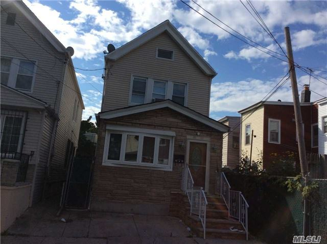 86-10 77th St, Woodhaven, NY 11421