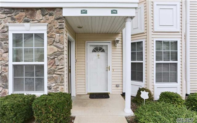 396 Spring Dr, East Meadow, NY 11554