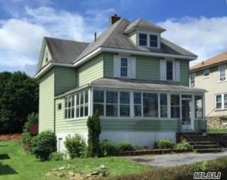 294 E Main St, Out Of Area Town, NY 10940