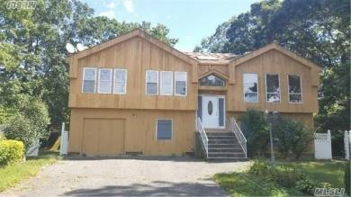 275 Jayne Blvd, Pt Jefferson Sta, NY 11776