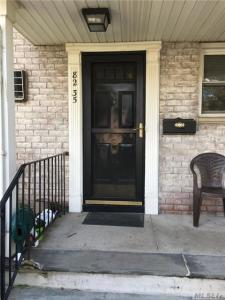 82-35 268th St, Floral Park, NY 11004