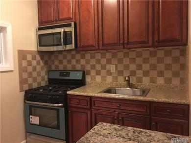 79-13 68 Rd #2nd Fl, Middle Village, NY 11379