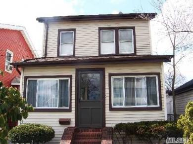 97-12 221st St, Queens Village, NY 11429