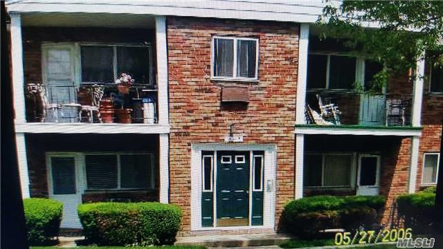 55 Adams Rd #2e, Central Islip, NY 11722