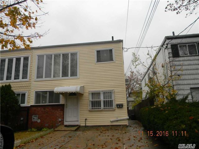 149-32 257th St, Rosedale, NY 11422