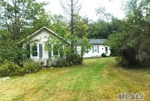 4 Morris Ln, Out Of Area Town, NY 12768