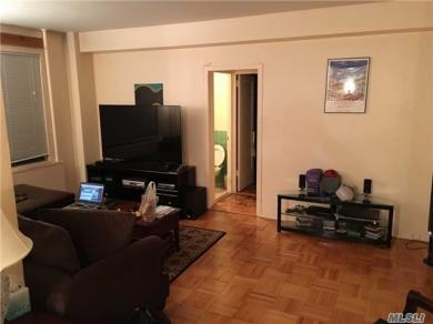 34 Metropolitan #8c, Out Of Area Town, NY 10462