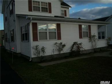 127 N Ocean Ave #B, Patchogue, NY 11772