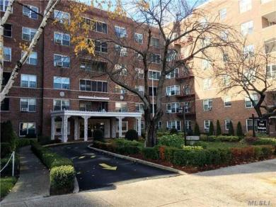 67-66 108 St #A32, Forest Hills, NY 11375