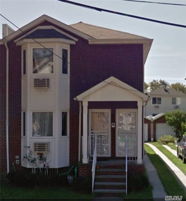 94-12 89 Ave #2nd Fl, Woodhaven, NY 11421