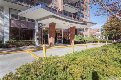 70-20 108th Street #1g, Forest Hills, NY 11375